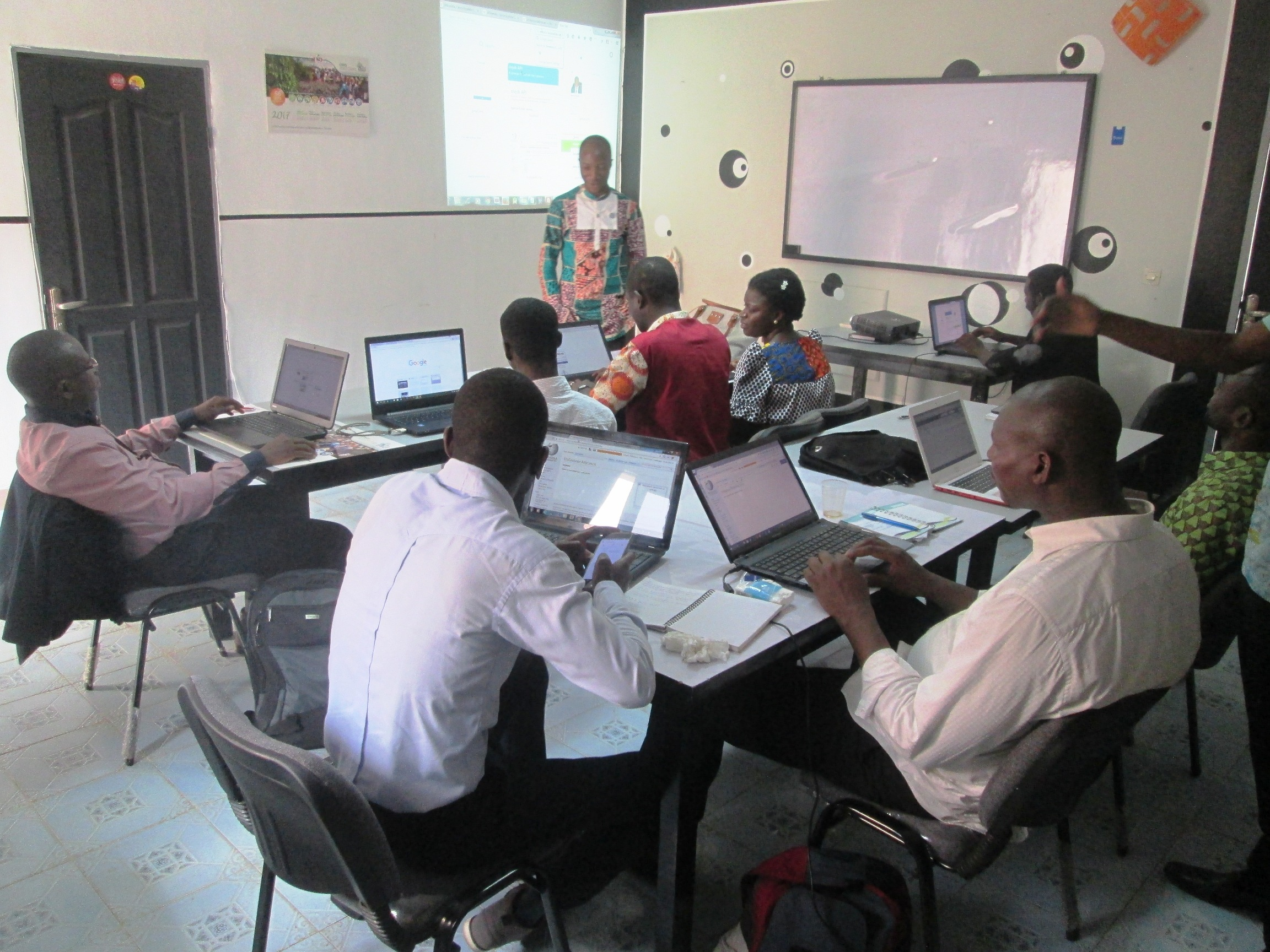 7 librarians from Côte d'Ivoire edit women profiles on Wikipedia